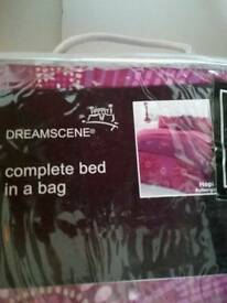 Compleat Bed Set