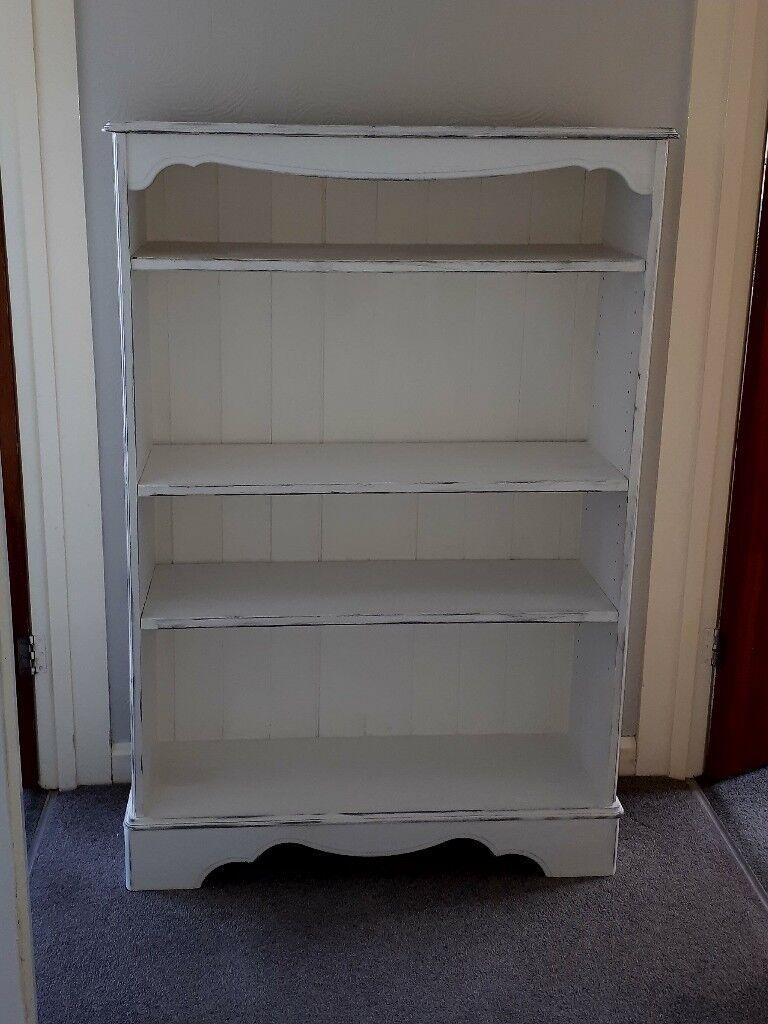 Pretty White Shabby Chic Bookcase