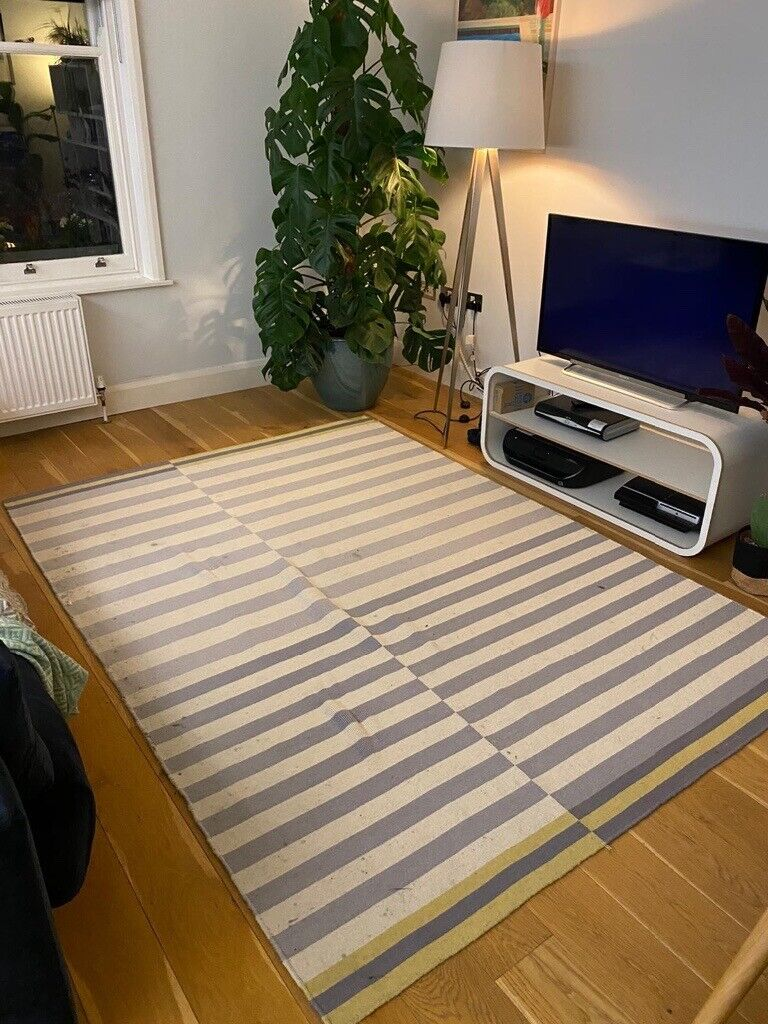 John Lewis Rug For Grey White And