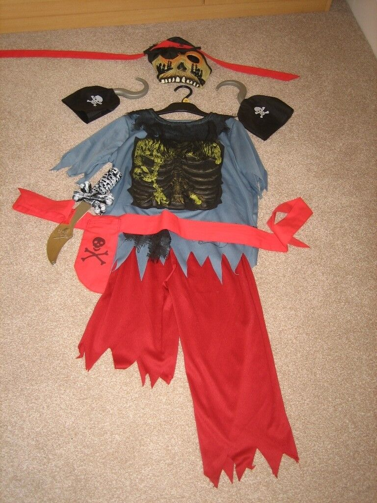 BOYS HALLOWEEN COSTUME GHOST PIRATE SKELETON 7 8 YEARS 128CMS COMPLETE OUTFIT AS NEW