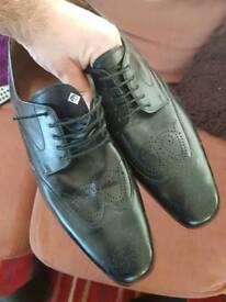 mens size 12 black shoes