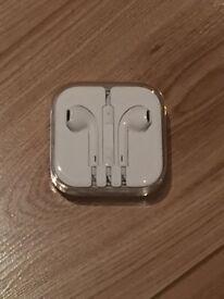 Apple iPhone Headphones - NEW & BOXED