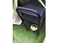 Black mesh type trolley