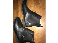 Ladies size 6 boots