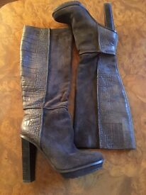 BCBG Gorgeous Long Boots- Grey and Partly Swede- Size 3/3.5 - EU 36