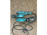 Makita Random orbit sander + lots of extras