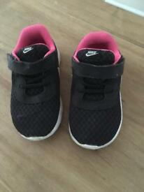 Nike trainers 7.5 kids