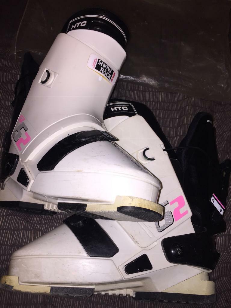 Genuine Snow + Rock Salomon SX62 HTC Snowboarding Boots 330 Extreme Sports  | in Bartley Green, West Midlands | Gumtree