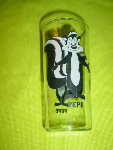 RARE 1998 Looney Tunes Pepe Le Pew Striped Character Glass Warner Brothers