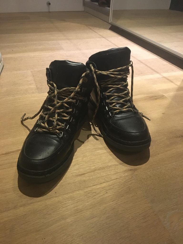 Casual Black Men's Boots