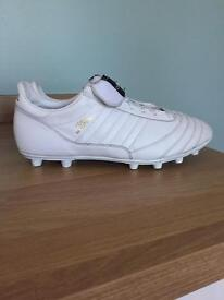 Limited Edition Whiteout Copa Mundial Size 10 Football Boots