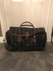 """MARKS & SPENCER TRAVEL BAG - 25"""" x 16"""". IMMACULATE"""