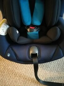 Joie car seat and isofix base