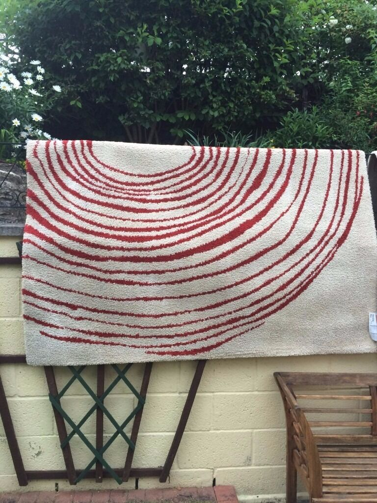 Creamy Oatmeal With Red Swirl Design Large Rug Square
