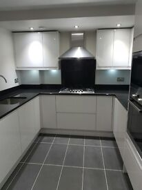 INCREDIBLE 3 DOUBLE bed **CLAPTON** HOUSE fit for the ROYAL FAMILY! Newly refurbished!!