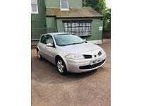 BIG BARGAIN!!! RENAULT MEGANE 1.4 / MILEAGE 60K/ WITH BRAND NEW MOT AND BRAND NEW SERVICED/5dr