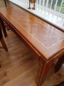 Hall table witj matching coffee tables
