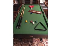 Free standing, folding 5ft snooker table, 2 cues, scoring rack, full set of balls. Buyer collects.