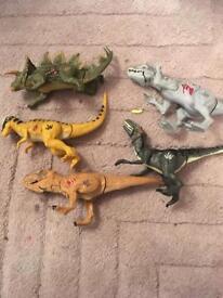 5 Jurassic world figures