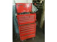 SNAP ON TOOLBOX AND BRITOOL ROLL CAB