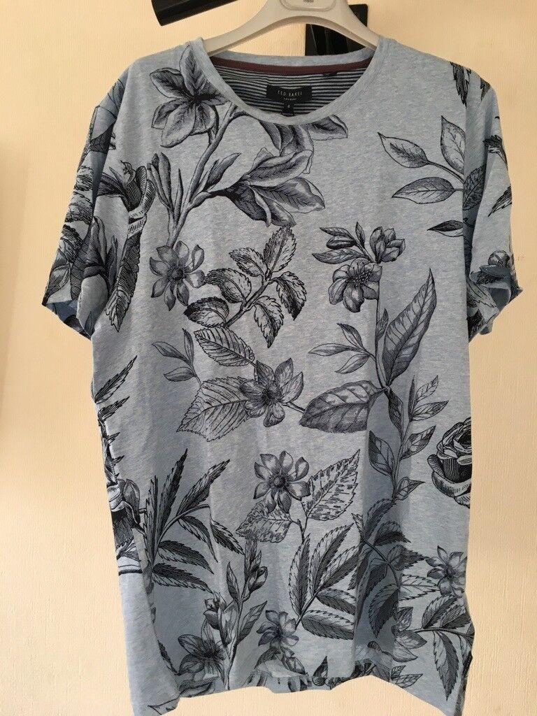 873a36e46 Mens Ted Baker Floral Print T-Shirt L 4 New with Label   Receipt Only £30 -  Light Blue w  Navy Print