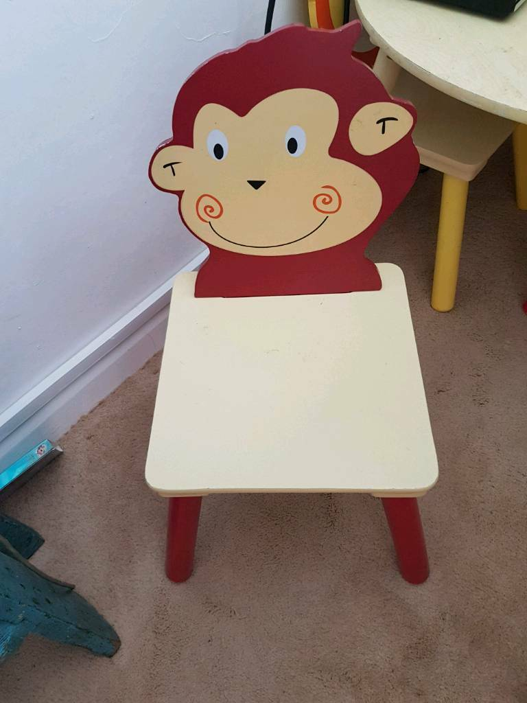 Hobby Craft Kids Table And 4 Chairs