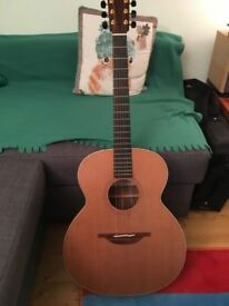 Lowden O23 Acoustic guitar, Walnut / Cedar, w/case, excellent condition