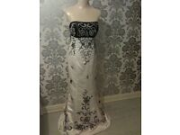 EXQUISITE **BRAND NEW** PROM DRESS/GOWN ..stand out from the crowd !