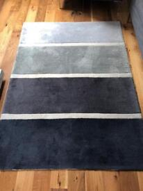 Grey Rug - £20 - Collection Only