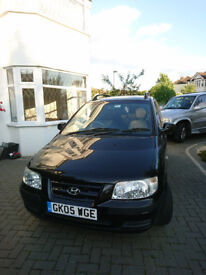 Hyundai Matrix SE black towbar, alloy wheels, 2 keys.