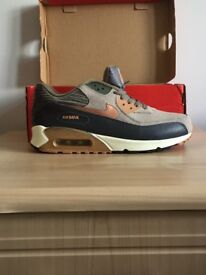 URGENT - NIKE AIR MAX 90s FOR SALE - SIZE 9