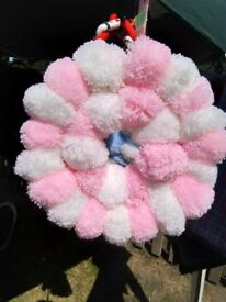 Decorative PomPom Wreath in Pink
