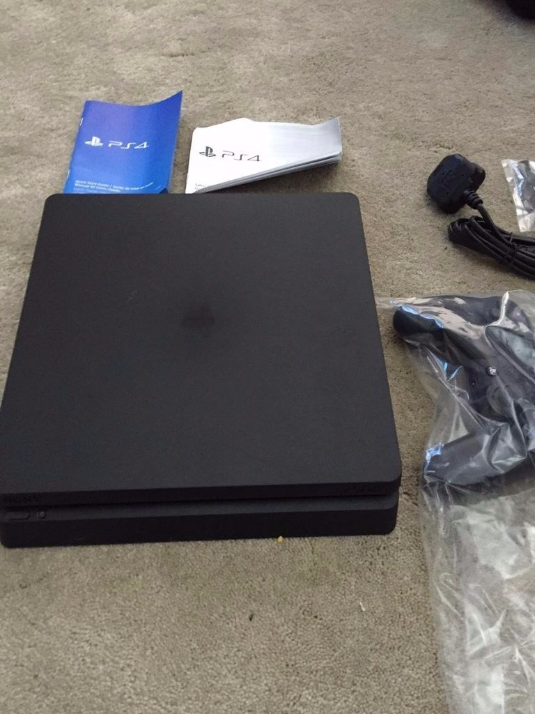 Playstation 4 slim with 3 games