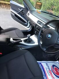 BMW 318d premium colour white