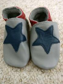 Inch Blue baby shoes soft soled