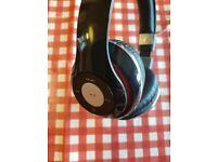 Accelerate wireless headphones