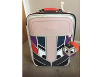ADORABLE DELUXE HAND LUGGAGE TRAVEL CASE WITH A NOVELTY FACE - EXCELLENT CONDITION