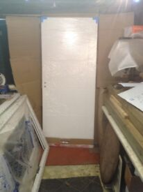 NEW WHITE INTERNAL DOOR STILL WRAPPED 33 INCHES X 78 INCHES