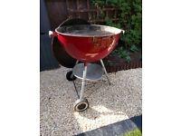 """Weber Kettle BBQ one touch Dark Red 22.5""""/57cm"""