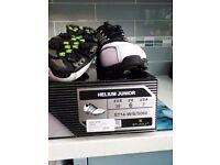 Junior golf shoes size 6