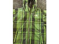 Boys north face coat age 10-12