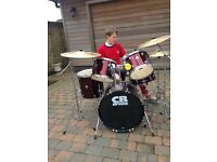 Drum kit hardly ever used excellent condition