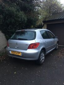 Peugeot 307 for spares or repairs