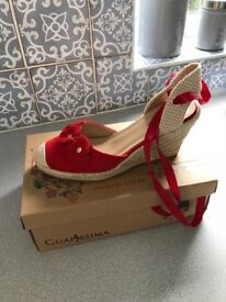 Shoes wedges and flats size 6