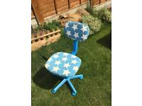 Blue and white star patterned desk chair