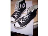 Converse Boots size 6