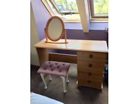 Dressing table and chest of drawers (included mirror and stool)