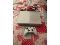Xbox One s for sale 3 Games (perfect condition)