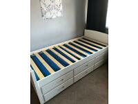 Single day bed with trundle