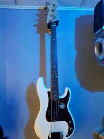 Fender USA p bass 2014 as new condition may take part exchange